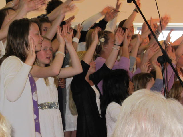 Grenland Soul Children praise the lord